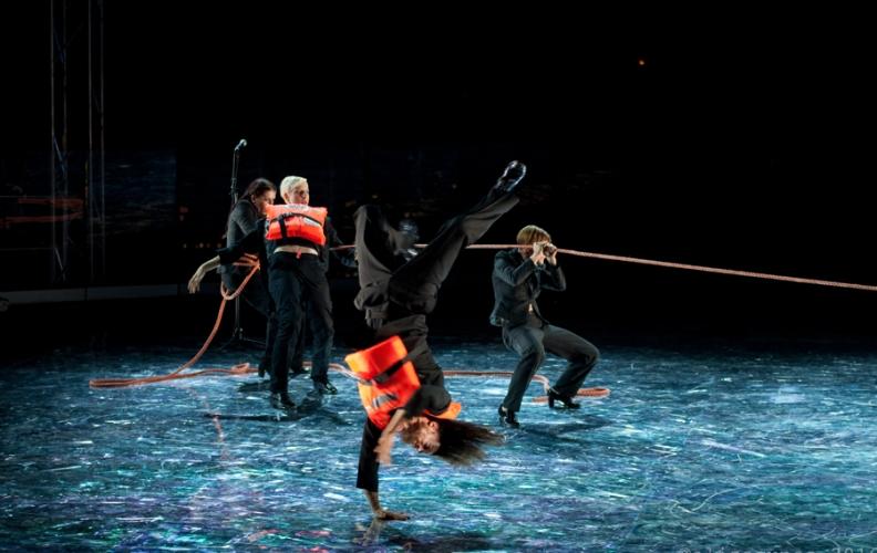 Prima della rottura, il teatro fisico di Michela Lucenti