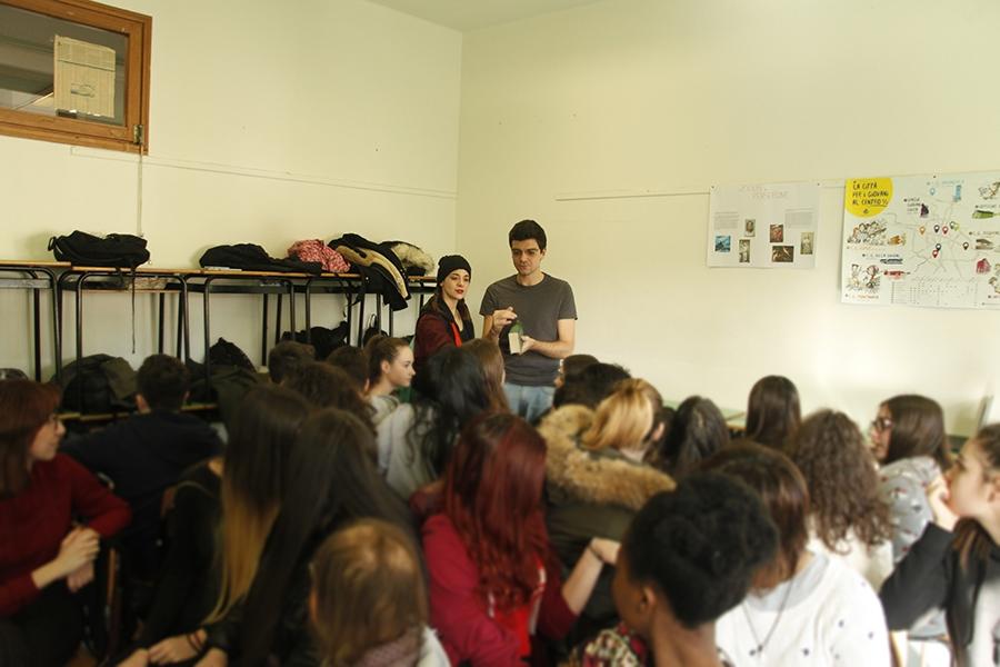 Prof., cosa vuol dire essere vivi? - classroom play